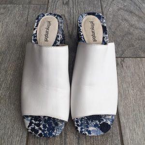 Jeffrey Campbell White Floral Mule Sandals Size 9